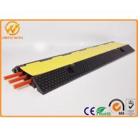 Best 3 Channels Rubber Cable Protector Ramp Cord Cover 20 Ton Weight Capacity 1000 * 300 * 50 mm wholesale