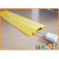 Best Plastic Single Channel Indoor Cable Protector Ramp Light Duty 1000 * 250 * 45 mm wholesale