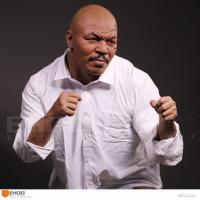 Best Western Style Celebrity Action Figure Mike Tyson Life Size Resin Human Replica Statue wholesale
