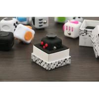 Best Squeeze Fun Stress Reliever Gifts Fidget Cube Relieves Anxiety and Stress Juguet For Adults Children Fidget cube wholesale