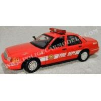 Motormax 1/18 Fire Chief Ford Crown Vic